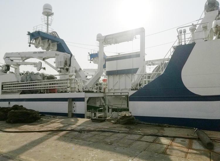 渔船A型架